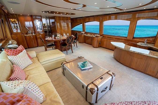 2011 HATTERAS Enclosed Bridge Motor Yacht 2678285