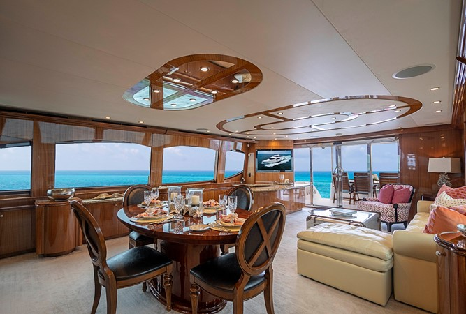 2011 HATTERAS Enclosed Bridge Motor Yacht 2678289