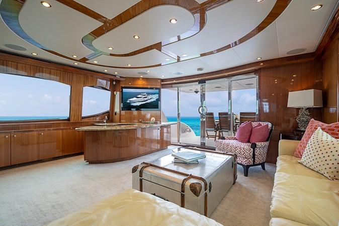 2011 HATTERAS Enclosed Bridge Motor Yacht 2678292