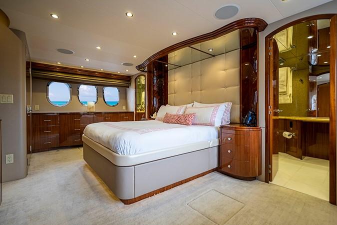 2011 HATTERAS Enclosed Bridge Motor Yacht 2678681