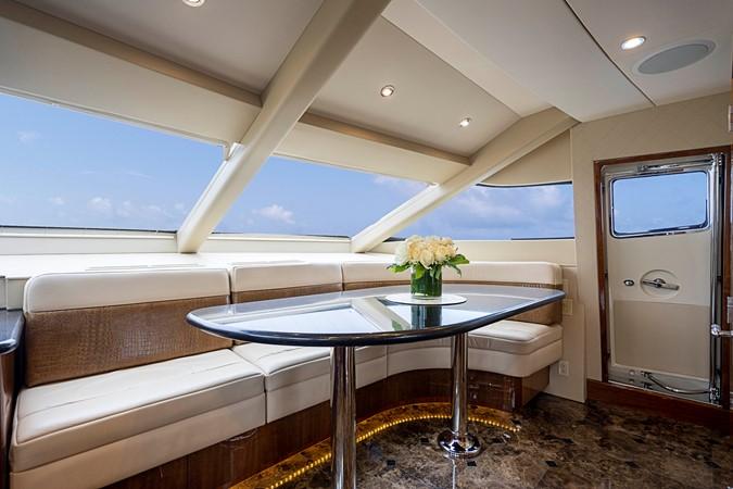 2011 HATTERAS Enclosed Bridge Motor Yacht 2679417