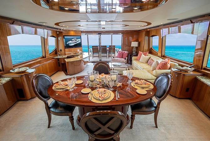 2011 HATTERAS Enclosed Bridge Motor Yacht 2681595