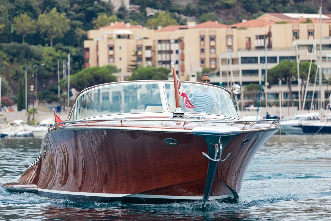2 2010 J CRAFT Torpedo Motor Yacht 2673998