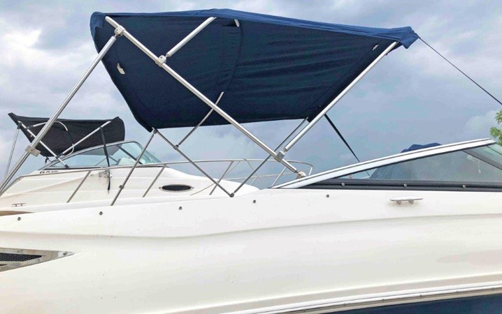 2015 SEA RAY 240 SunDeck Deck Boat 2674215