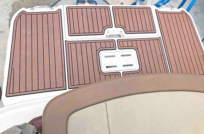 2015 SEA RAY 240 SunDeck Deck Boat 2674239