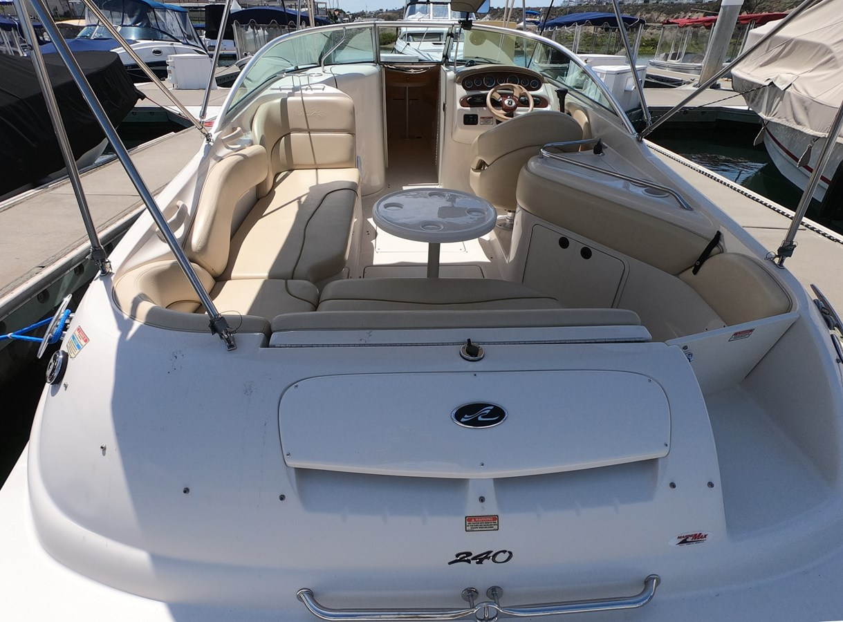 GOPR0566 2001 SEA RAY 240 Sun Deck Deck Boat 2674768