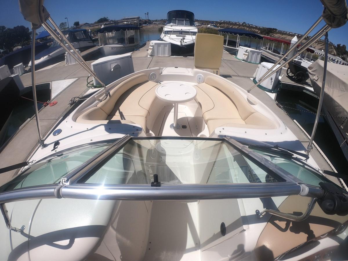GOPR3223 2001 SEA RAY 240 Sun Deck Deck Boat 2674771