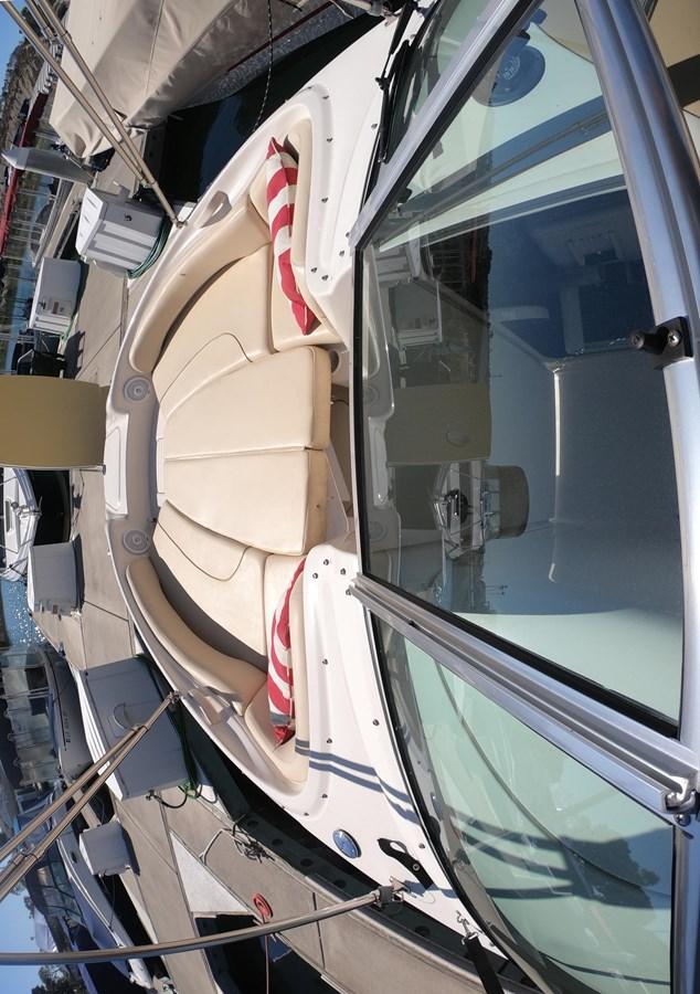 GOPR3319 2001 SEA RAY 240 Sun Deck Deck Boat 2674775