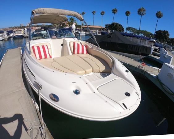 Forward Sun Pad 2001 SEA RAY 240 Sun Deck Deck Boat 2674763