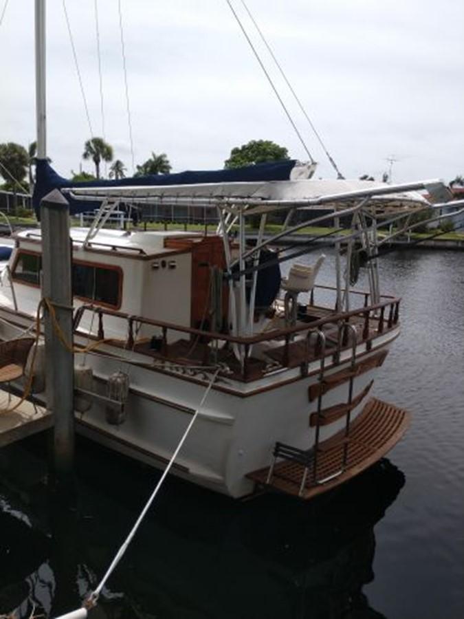 1990 ISLAND TRADER 40 Classic Yacht 2675755