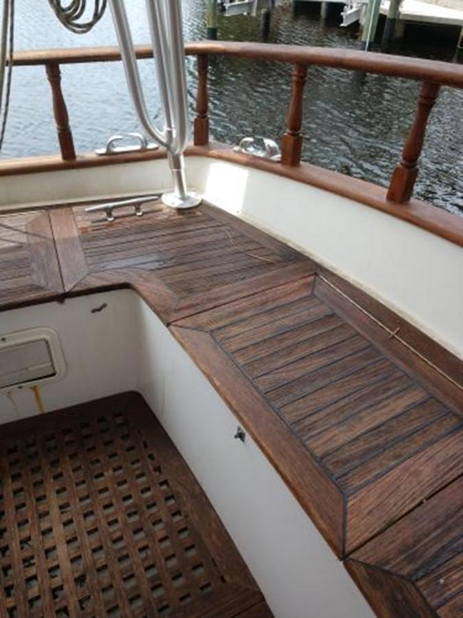 1990 ISLAND TRADER 40 Classic Yacht 2675790