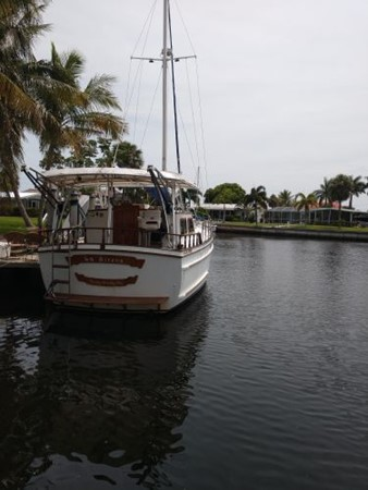 1990 ISLAND TRADER 40 Classic Yacht 2675756