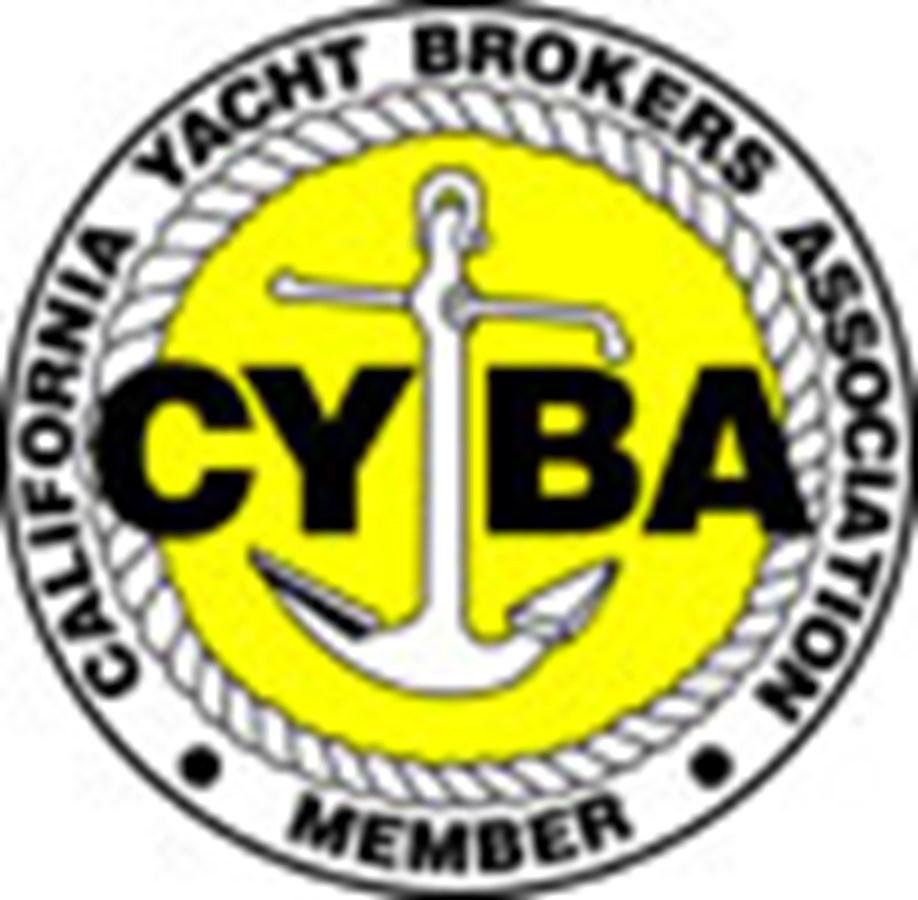 Professional Association Member 2015 SEA RAY 280 Sundancer Cruiser 2746393