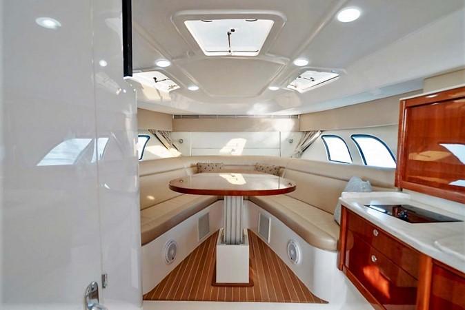 2015 INTREPID 475 Sport Yacht Cruiser 2677734