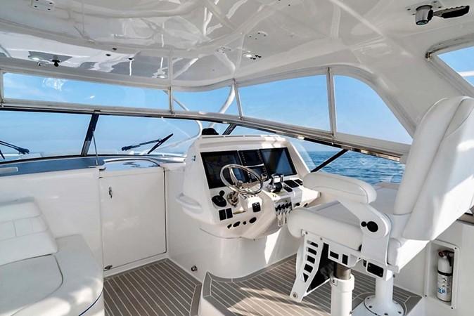 2015 INTREPID 475 Sport Yacht Cruiser 2677739