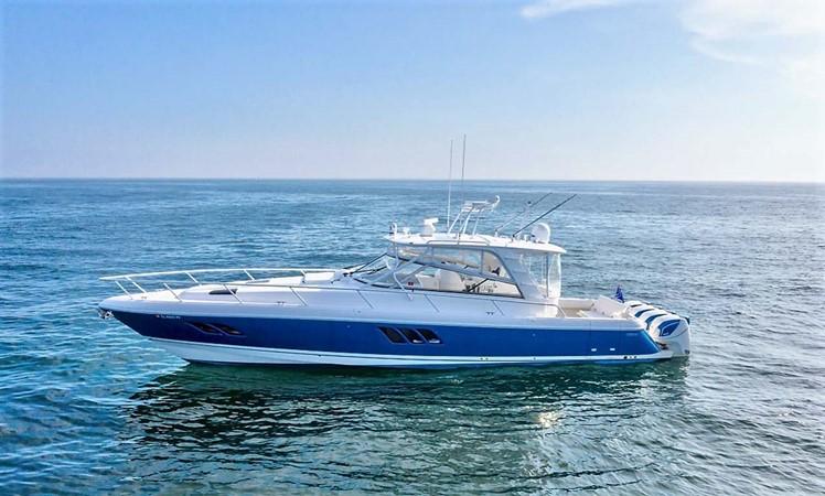 2015 INTREPID 475 Sport Yacht Cruiser 2677752