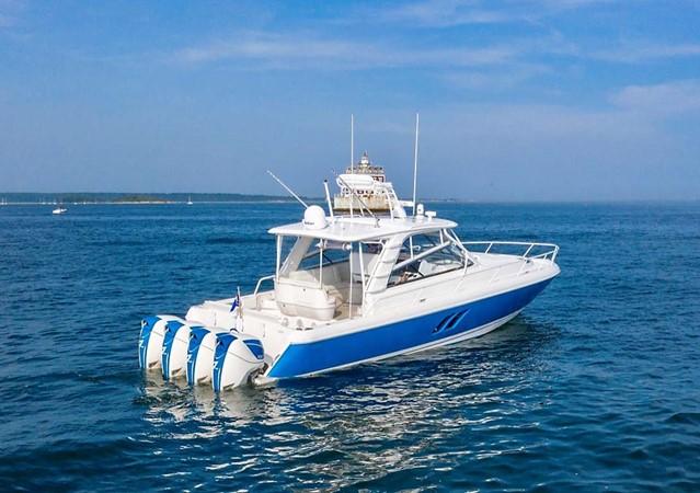 2015 INTREPID 475 Sport Yacht Cruiser 2677755