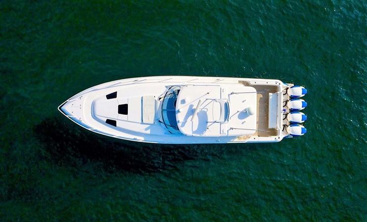 2015 INTREPID 475 Sport Yacht Cruiser 2677756