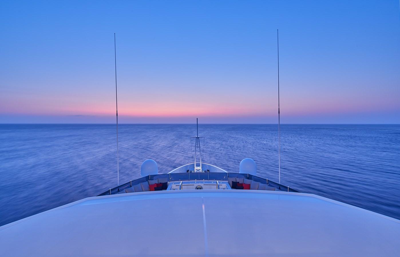 Bow 2015 SUNRISE  Mega Yacht 2968876