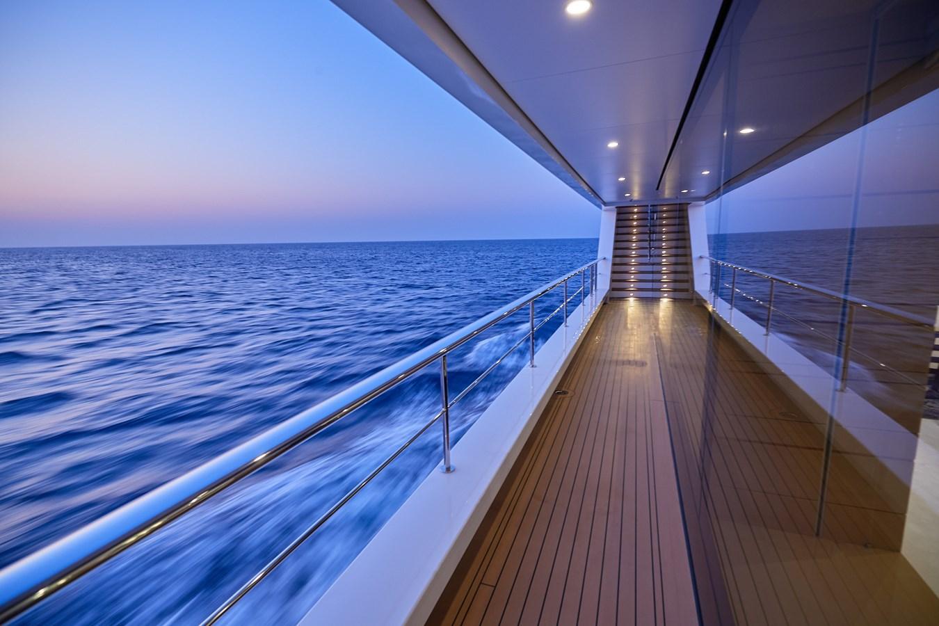side deck 2015 SUNRISE  Mega Yacht 2968883