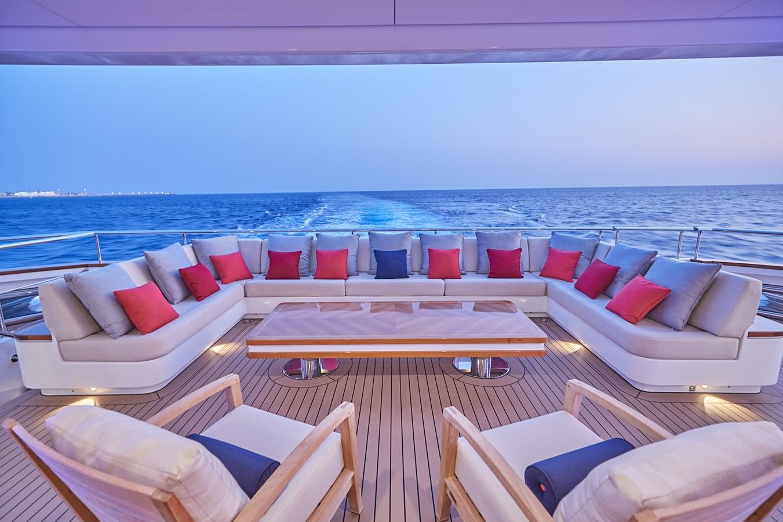 Main deck aft 2015 SUNRISE  Mega Yacht 2968910