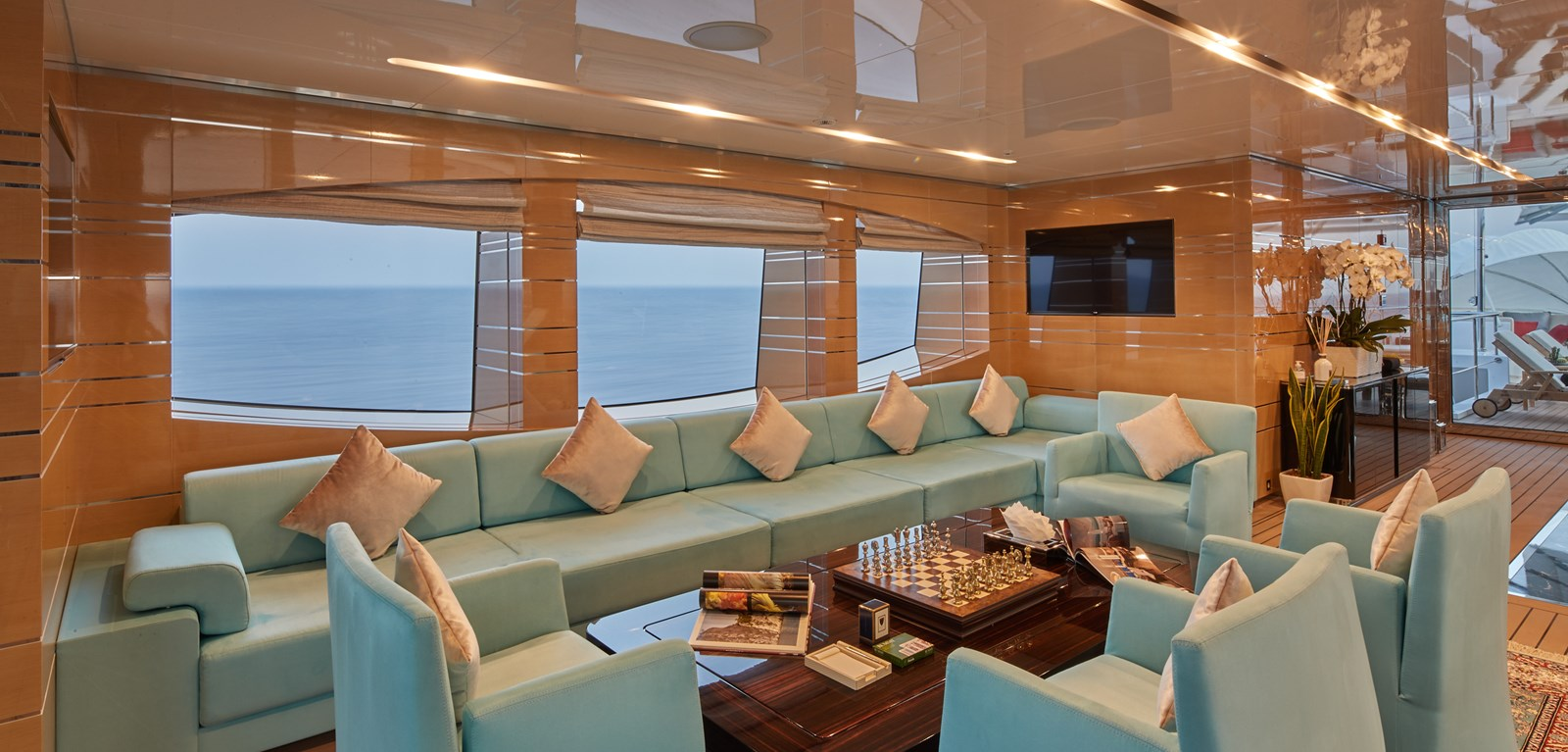 Sundeck salon stb. 2015 SUNRISE  Mega Yacht 2968927