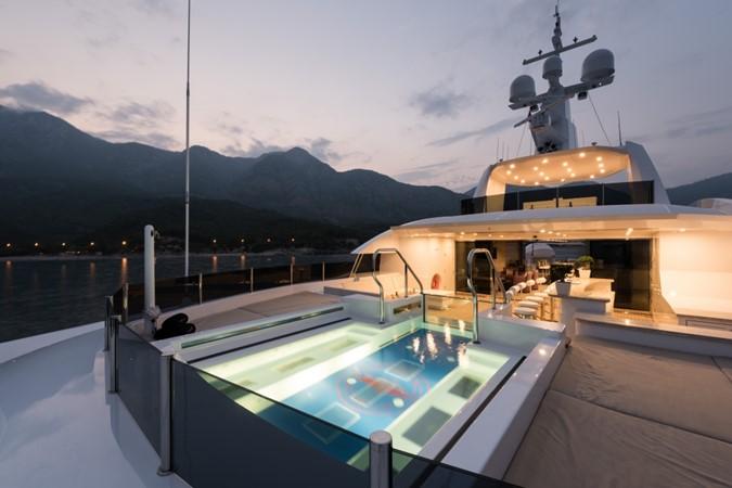 2015 SUNRISE  Mega Yacht 2678754
