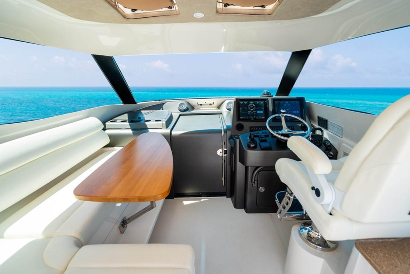 2014 JUPITER  Motor Yacht 2682222