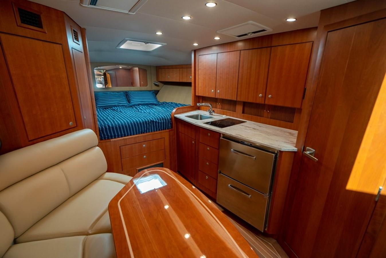2014 JUPITER  Motor Yacht 2682232