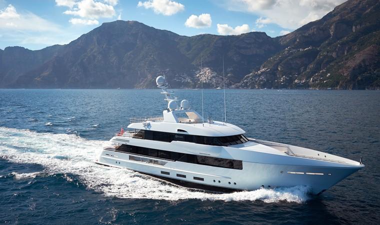 2015 FEADSHIP  Mega Yacht 2680789