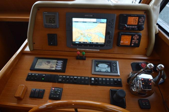 6 2009 GRAND BANKS 41 Europa Motor Yacht 2689025