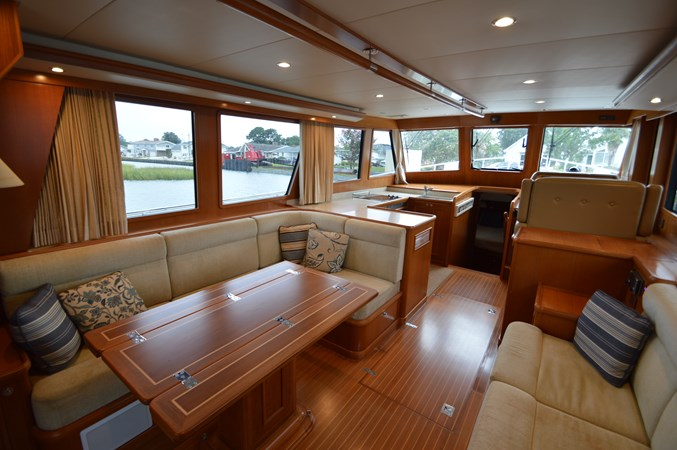 14 2009 GRAND BANKS 41 Europa Motor Yacht 2689033