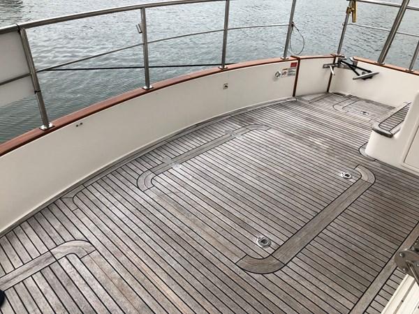 42 2009 GRAND BANKS 41 Europa Motor Yacht 2689061