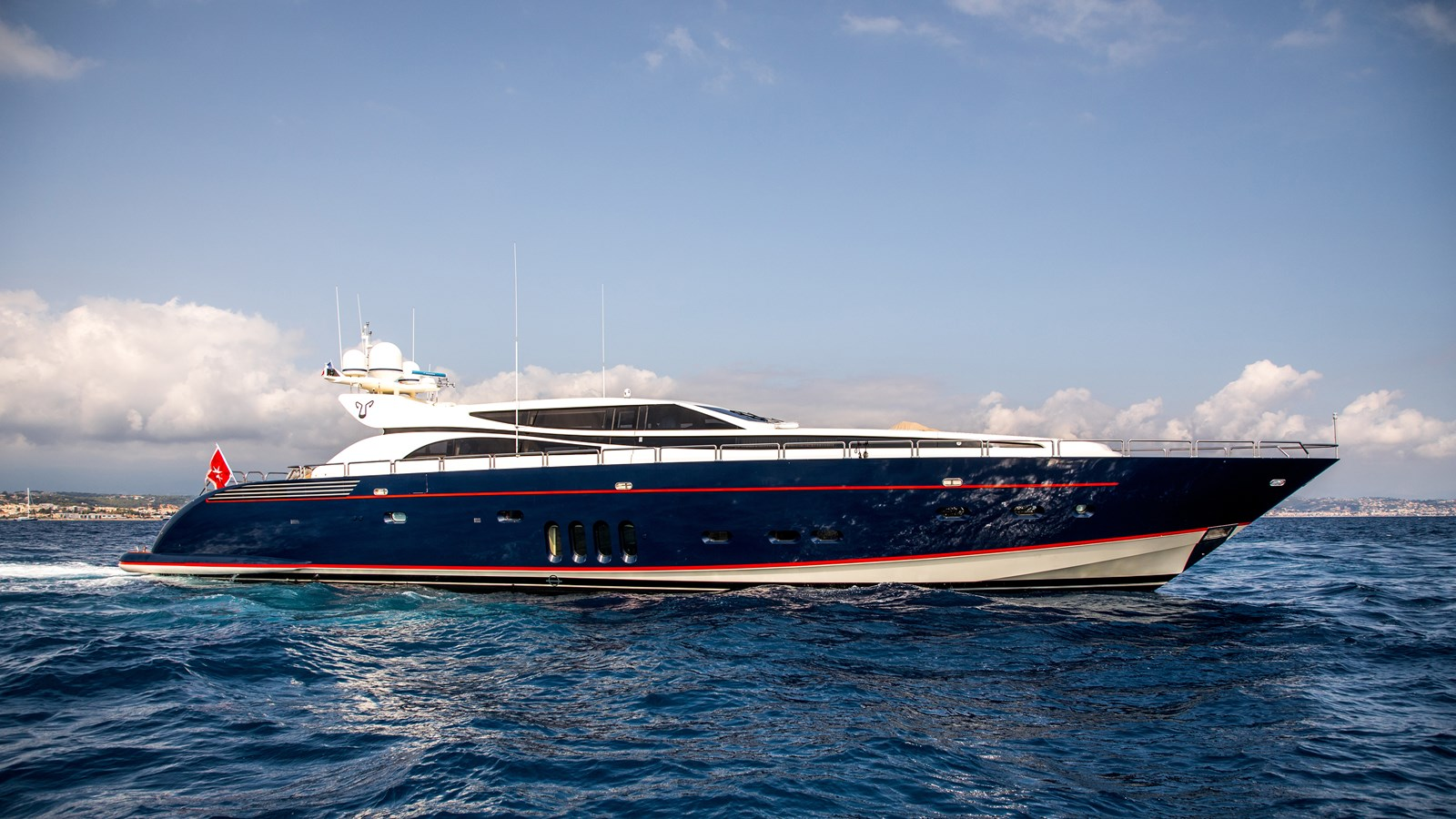 Cheeky-Tiger-Luxury-Yacht-26 2004 LEOPARD  Motor Yacht 2714690