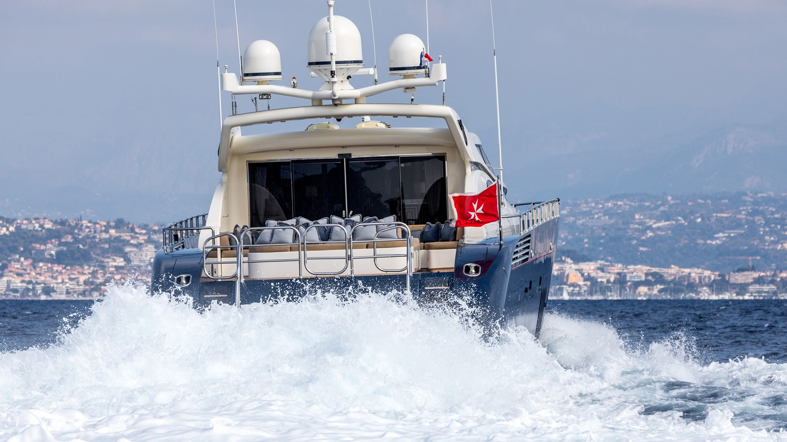 Cheeky-Tiger-Luxury-Yacht-21 2004 LEOPARD  Motor Yacht 2726701