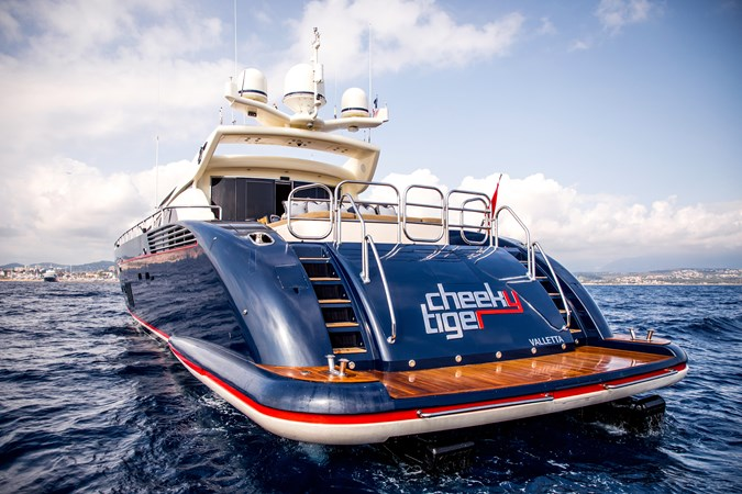 Cheeky-Tiger-Luxury-Yacht-24 2004 LEOPARD  Motor Yacht 2726720