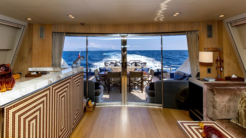 Cheeky-Tiger-Luxury-Yacht-29 2004 LEOPARD  Motor Yacht 2726726