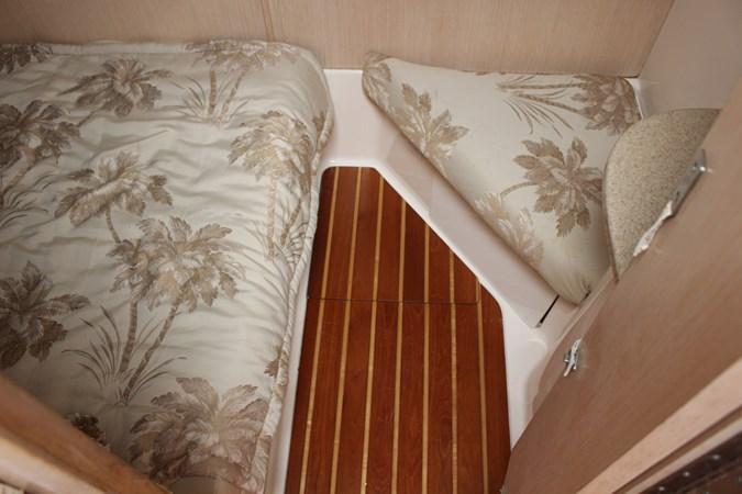 IMG_2848 1996 TIARA 4000 Mid Cabin Express Cruiser 2684201