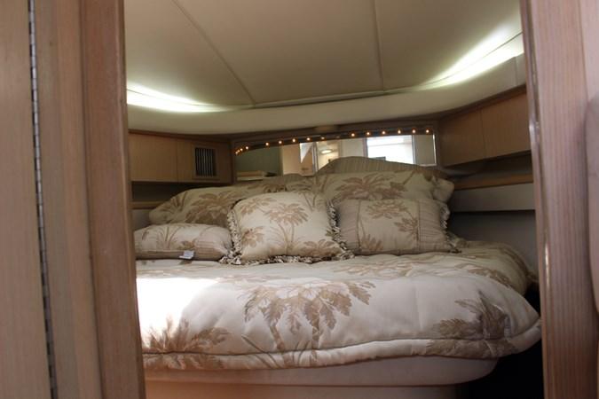 IMG_2861 1996 TIARA 4000 Mid Cabin Express Cruiser 2684215