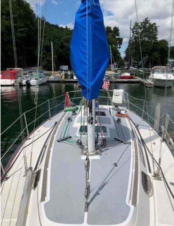 1985 S2 YACHTS 9.1 Liberty Cup Edition  Cruising/Racing Sailboat 2684946