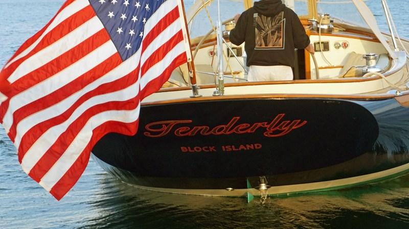 Tenderly Stern 2004 Friendship Yachts   Sloop 2690157