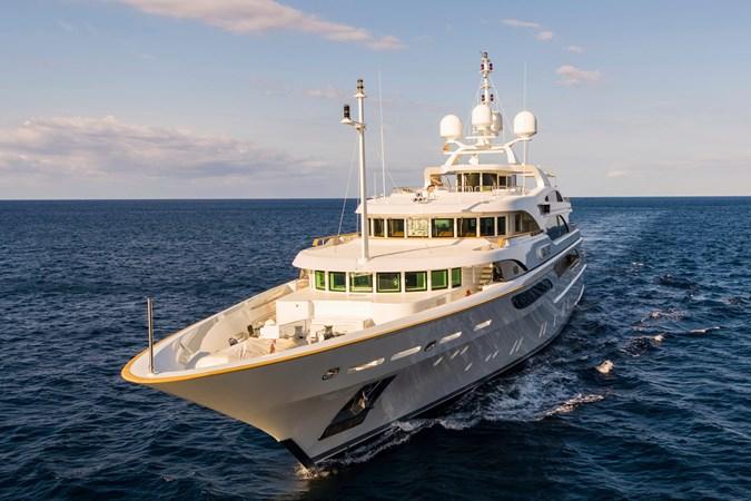 GALAXY_00005677_vb973040 2005 BENETTI  Mega Yacht 2687851