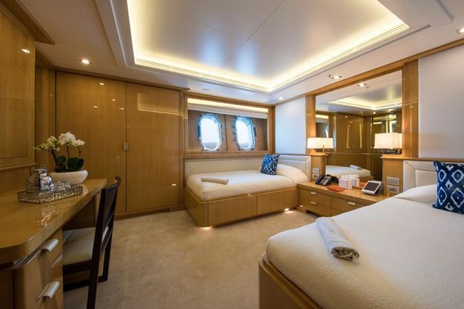 GALAXY_00005677_vb973129 2005 BENETTI  Mega Yacht 2687860