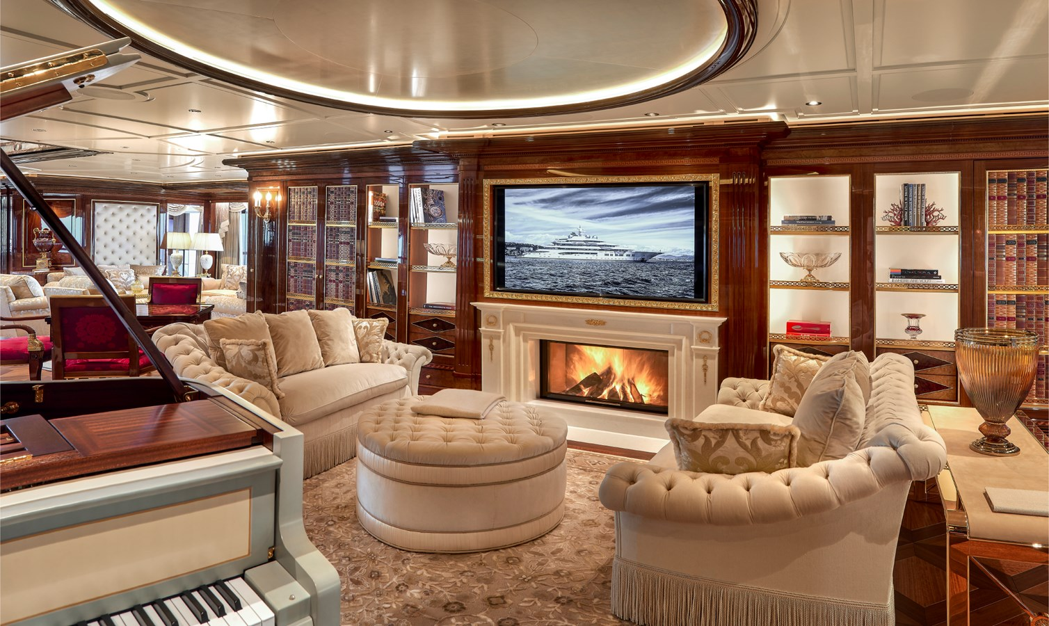 Salon Bas v2-1-3 2017 LURSSEN  Motor Yacht 2703572