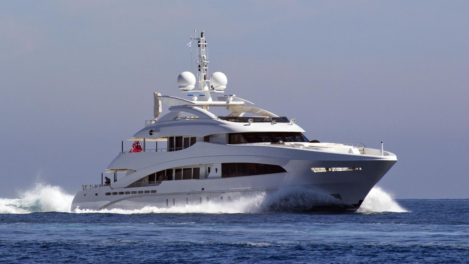HAYKEN hero shot 2014 HEESEN YACHTS 5000 Aluminium  Motor Yacht 2691199