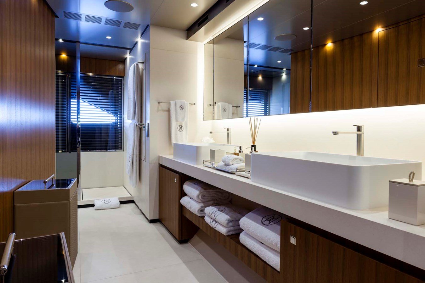 HAYKEN Master Bathroom 2014 HEESEN YACHTS 5000 Aluminium  Motor Yacht 2691207