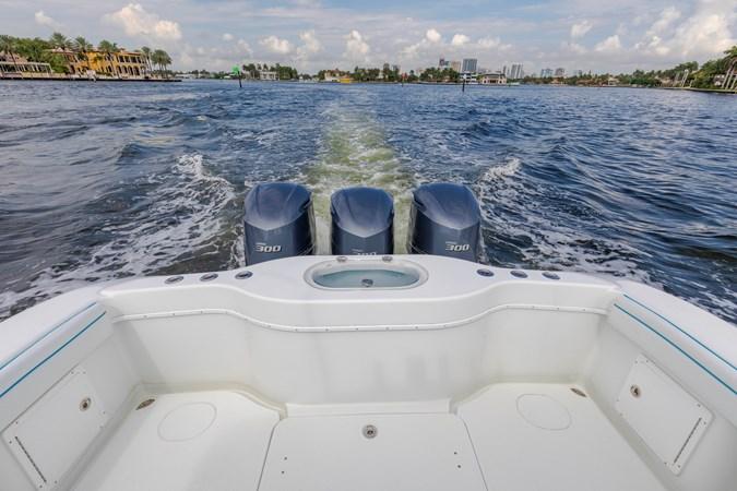 DKYP8129 2015 YELLOWFIN  Center Console 2688866