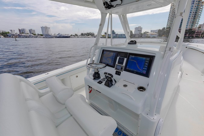DKYP8130 2015 YELLOWFIN  Center Console 2688867