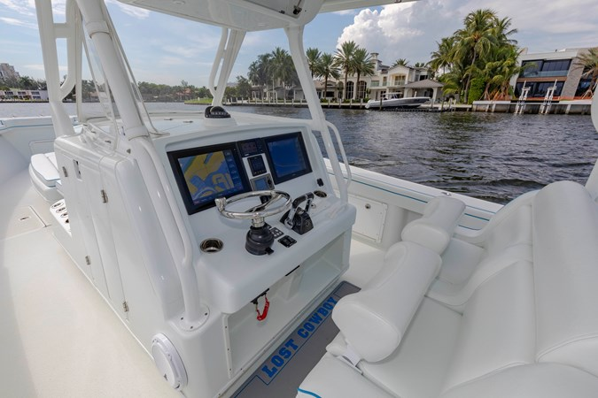 DKYP8133 2015 YELLOWFIN  Center Console 2688870