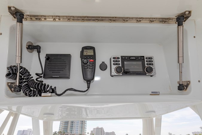DKYP8135 2015 YELLOWFIN  Center Console 2688872